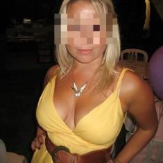 Belle blonde 30 ans Charleroi cherche mec viril et dominant