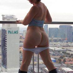 RDV discret en hôtel a Gand avec jeune femme coquine