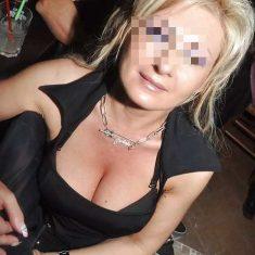 Coquine mariée cherche a prendre du plaisir avec amant en club (Ostende)
