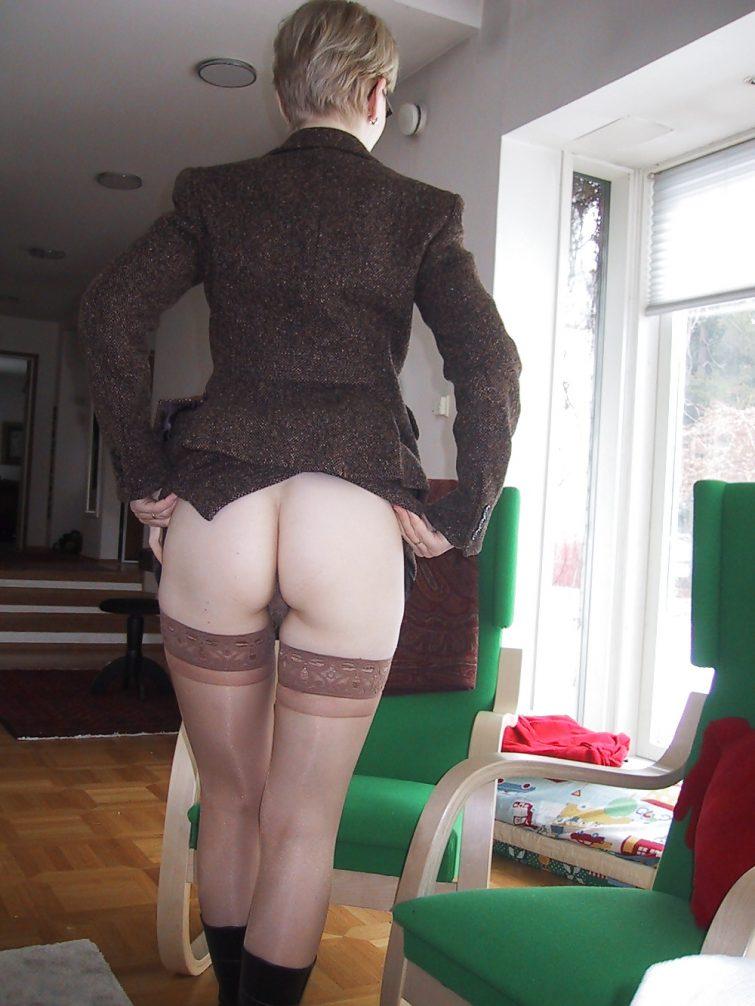 Ma femme sexy a envie d'une fessée (Bruxelles)