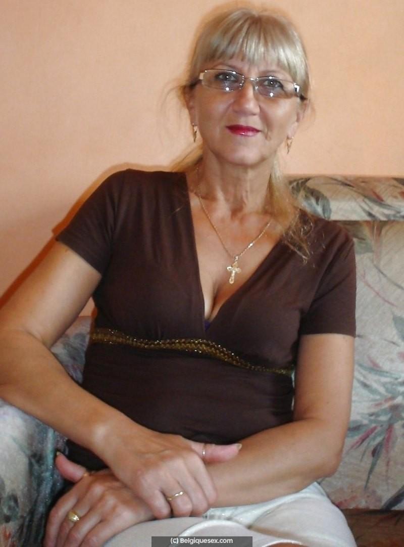 Femme séparée de 54 ans cherche a rencontrer des hommes en Belgique